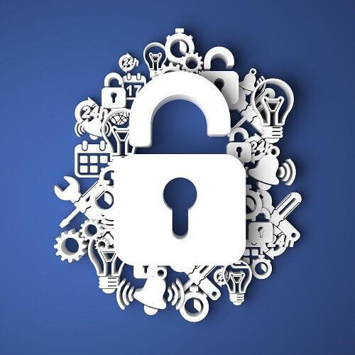 Imagen de candado sobre distintos elementos representando seguridad de los datos