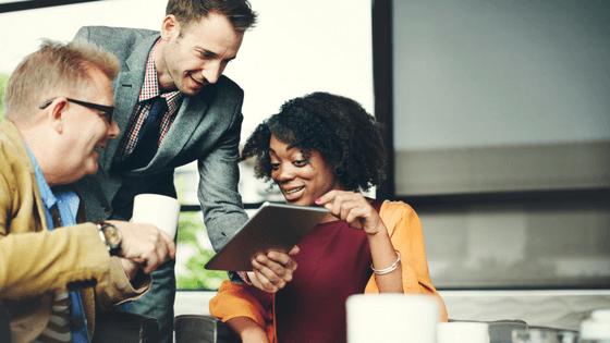 Cuatro tácticas para nutrir y retener a sus clientes B2B